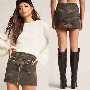 NWT Forever 21 Camo Skirt